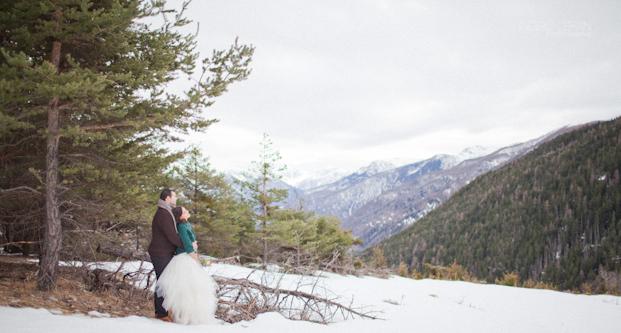 ©Ingrid Lepan Photographe - seance apres le mariage a la montagne - La mariee aux pieds nus -28