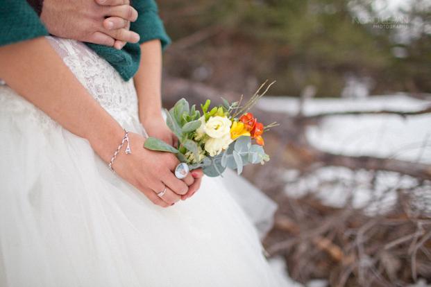 ©Ingrid Lepan Photographe - seance apres le mariage a la montagne - La mariee aux pieds nus -29