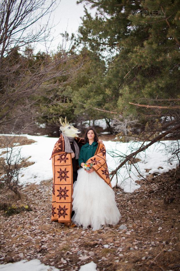 ©Ingrid Lepan Photographe - seance apres le mariage a la montagne - La mariee aux pieds nus -4