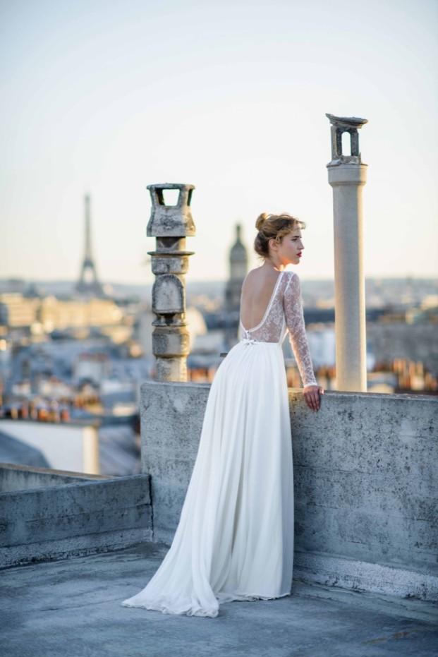 La mariée aux pieds nus - Photo : Ce jour là - Mademoiselle de Guise - Robe de mariée - Collection 2016 - Modèle Louise