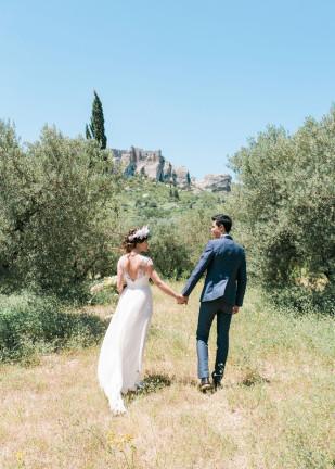 Un mariage aux Baux de Provence - Domaine de Villary - sur La mariée aux pieds nus - Photos : Blanccoco Photographe