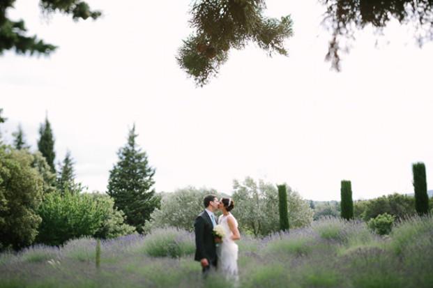 Greg Finck - Un mariage en bleu en Provence - Mas de So - La mariee aux pieds nus-39