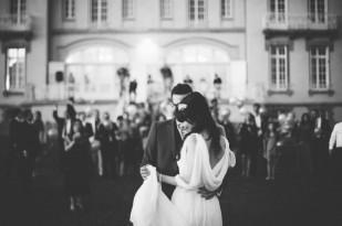 ©LovelyPics - La mariee aux pieds nus