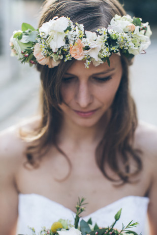 Celine Hamelin - Robes de mariees - Boutique Les megeres - Paris - La mariee aux pieds nus