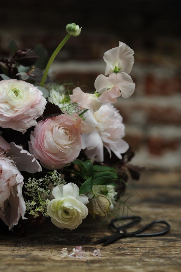 Inspiration s fleuries - Nessa Buonomo Chloe Lapeysonnie - Lovely Pics - La mariee aux pieds nus - Eyrolles