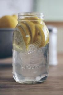 La mariee aux pieds nus - DiY - Rectte - Citronnade maison - faire reposer l eau citronnee