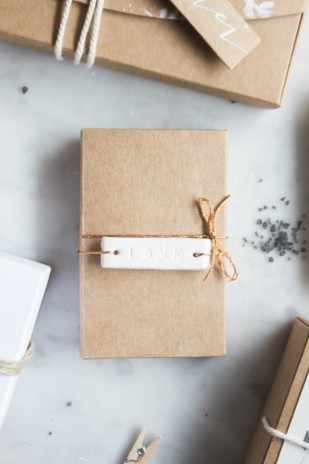 8 façons de personnaliser ses cadeaux d'invités - La mariee aux pieds nus