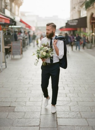 Greg Finck - Les preparatifs du marie - Faubourg Saint Sulpice - La mariee aux pieds nus