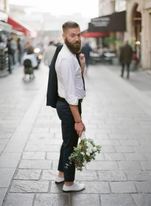 ©Greg Finck - La mariee aux pieds nus - Conseils de pros - Choisir son costume de marie - Faubourg saint Sulpice
