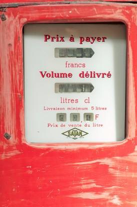 ©Elena Fleutiaux / seance engagement dans une brocante