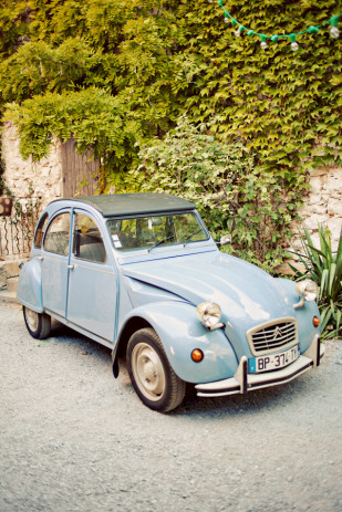 Shoot in Love - Un mariage vintage a Montpellier - La mariee aux pieds nus