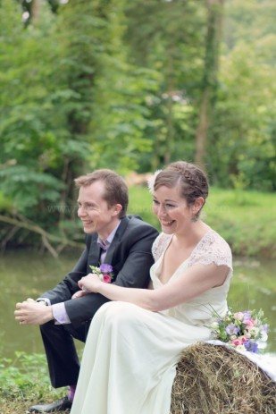 credit photos - PaulineF Photography - mariage en violet -blog mariage La mariee aux pieds nus