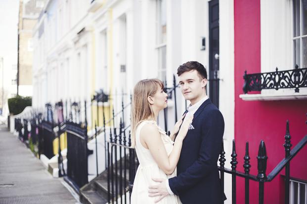 ©Marion Heurteboust Photography - Seance engagement a Londres - La mariee aux pieds nus
