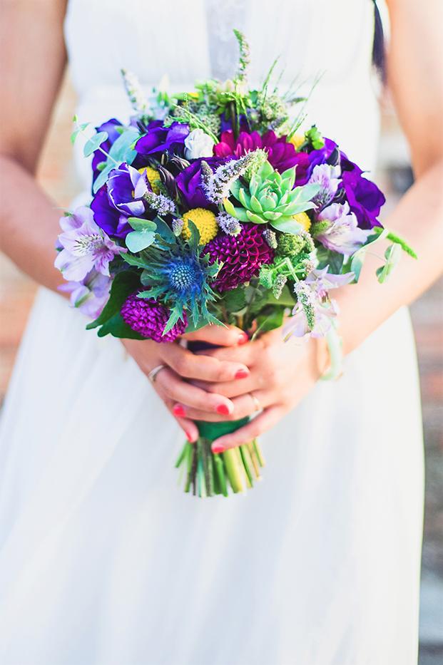 ©Marion Heurteboust Photography - 9 conseils pour creer une ceremonie d'engagement qui vous ressemble - La mariee aux pieds nus