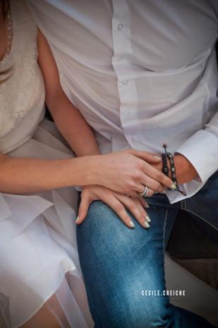 ©Cecile Creiche - Seance engagement fluo et vert - La mariee aux pieds nus
