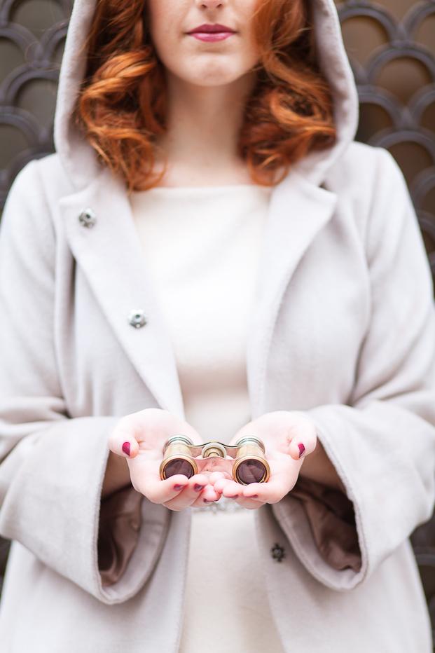 ©FleurdeSucre - Shooting inspiration - Un mariage en hiver - La mariee aux pieds nus
