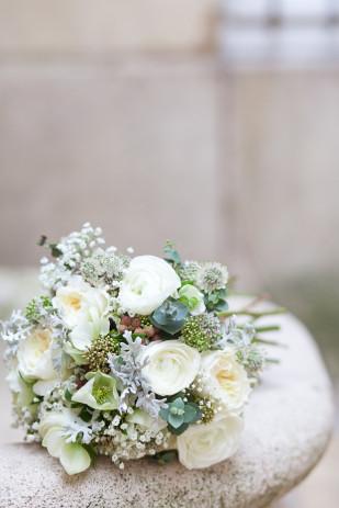 FleurdeSucre - Shooting inspiration - Un mariage en hiver - La mariee aux pieds nus
