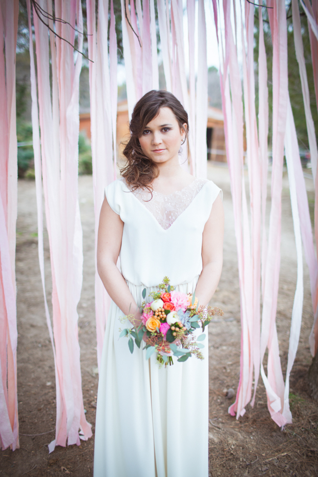 Julie Siddi - Un mariage colore - Shooting inspiration - La mariee aux pieds nus