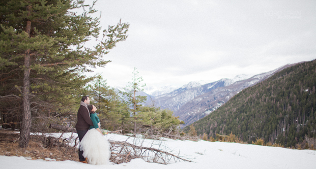 Ingrid Lepan Photographe - seance apres le mariage a la montagne - La mariee aux pieds nus -28