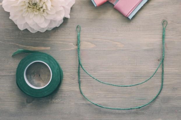 ©La mariee aux pieds nus - DiY - Fabriquer un collier de fleurs - 3