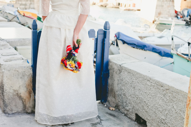 ©One Love Photography - Marina Chic - Shooting inspiration Les Cocottes events - La mariee aux pieds nus