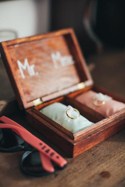 Lifestories Wedding - Un mariage en corail et aqua en Charente - La mariée aux pieds nus