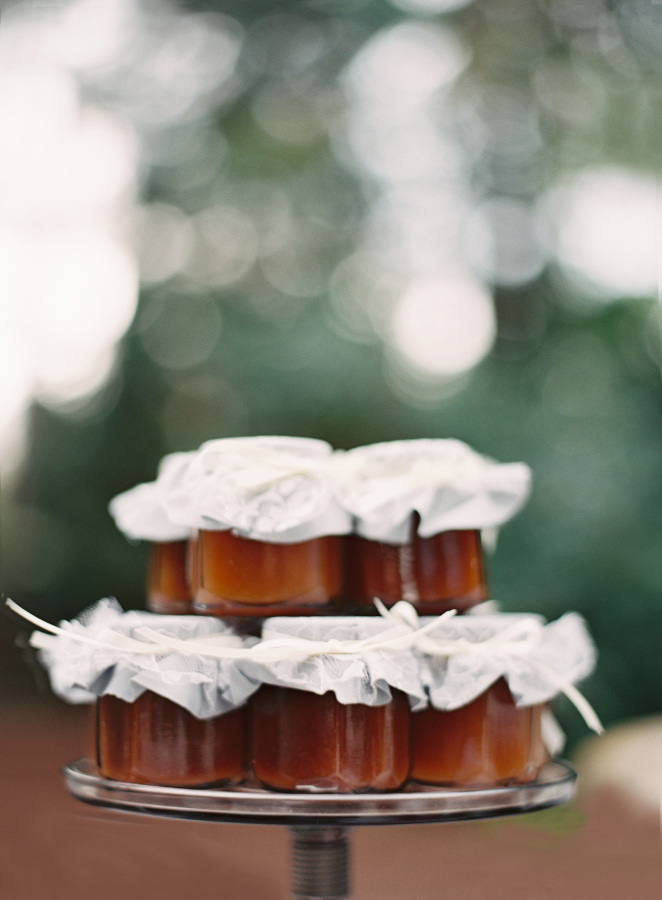 10 idées de cadeaux d'invités de mariage à faire soi-même - A découvrir sur le blog mariage www.lamarieeauxpiedsnus.com