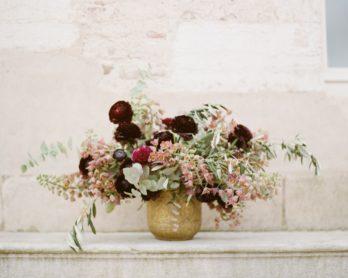 Un mariage en bordeaux et nude en Bourgogne - Sylvie Gil Workshop - Shooting editorial - La mariée aux pieds nus