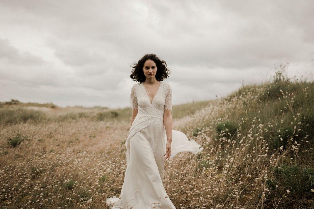 Amarildine - Robes de mariée - Collection 2021 - Photos : Solveig et Ronan - Blog mariage : La mariée aux pieds nus