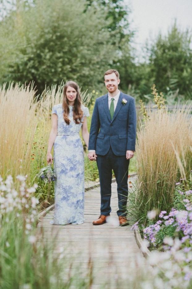 Emilie White - Un mariage en Angleterre - La mariee aux pieds nus