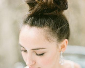 KT Merry - 10 idees de chignons de mariee - La mariée aux pieds nus