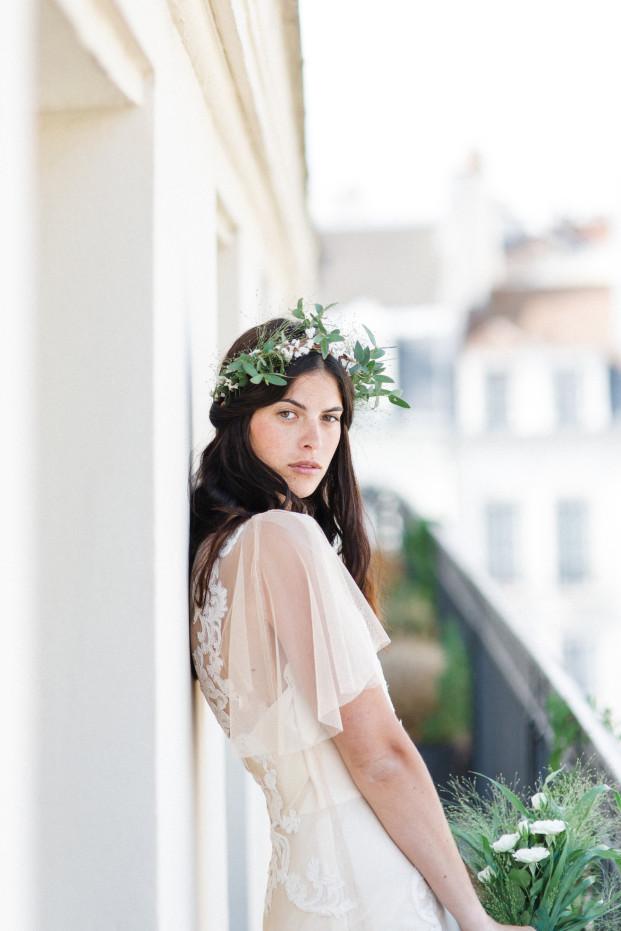 Jean Laurent Gaudy - Rue de Seine Robe de mariee - Une mariee dans paris - La mariee aux pieds nus