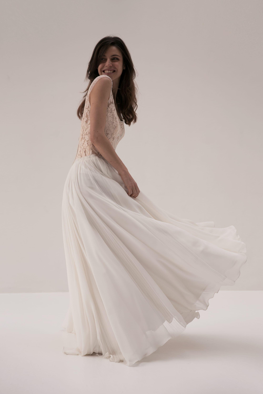 Amarildine - Robes de mariée - Paris - La mariée aux pieds nus
