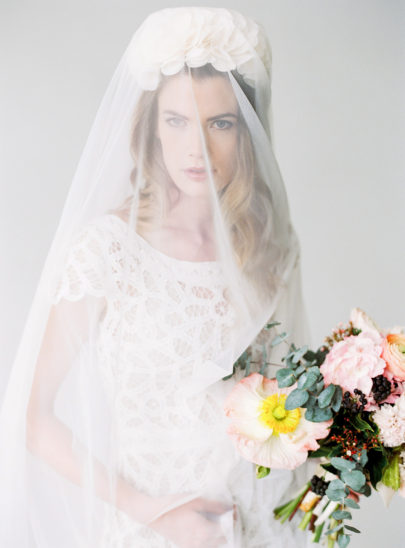 Belle Julie - Voiles et accessoires de mariée - Photo Birgit Hart sur La mariée aux pieds nus