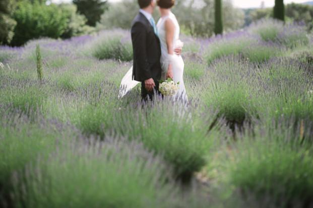 Greg Finck - Un mariage en bleu en Provence - Mas de So - La mariee aux pieds nus-41