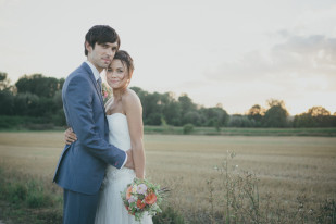 Coralie Photography -  Mariage champetre et pastel a Amiens - La mariee aux pieds nus