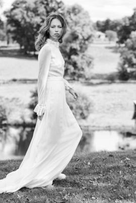 Delphine Manivet - robes de mariée - Collection 2016 - Modele Paulin - 2980€ - A découvrir sur le blog mariage La mariée aux pieds nus