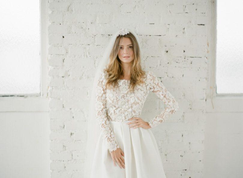 La mariee aux pieds nus - Photographe Greg Finck - Rime Arodaky - Robes de mariee courte - Mariage civil - 2015 - Modele Clover
