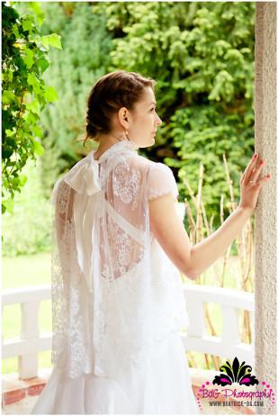 Beatrice de Guigne - Un mariage champetre pres de Paris - La mariee aux pieds nus