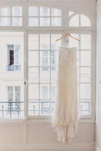 Mademoiselle Fiona - Un mariage pastel dans Paris - La mariee aux pieds nus