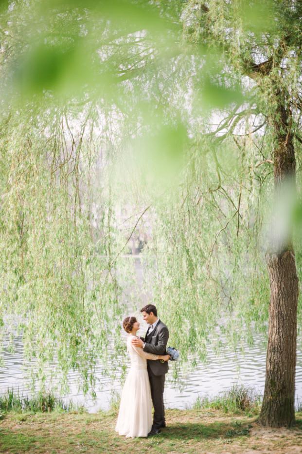 Phan Tien - Un mariage en rouge et bleu aux étangs de Corot - La mariee aux pieds nus