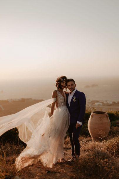 Un mariage sur l'île grecque de Paros - Photos : Alchemia Weddings - Blog mariage : La mariée aux pieds nus