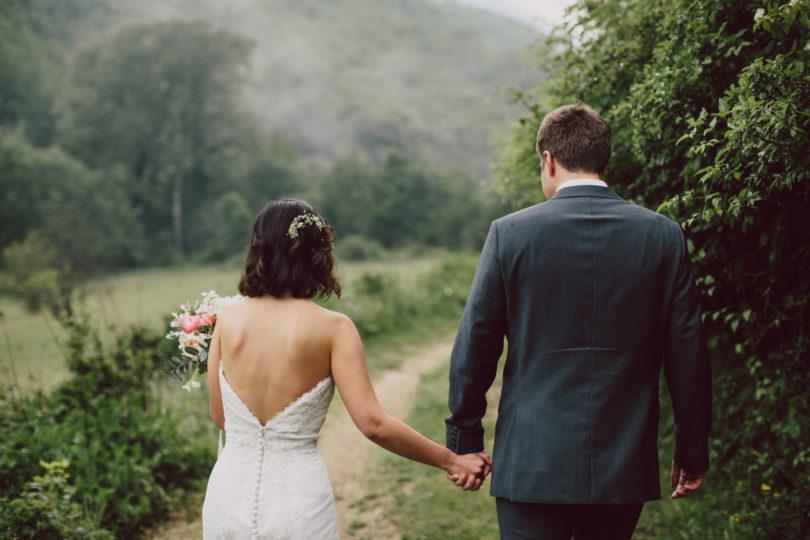 Un mariage sous la pluie près de Nice - Pinewood Weddings - La mariée aux pieds nus