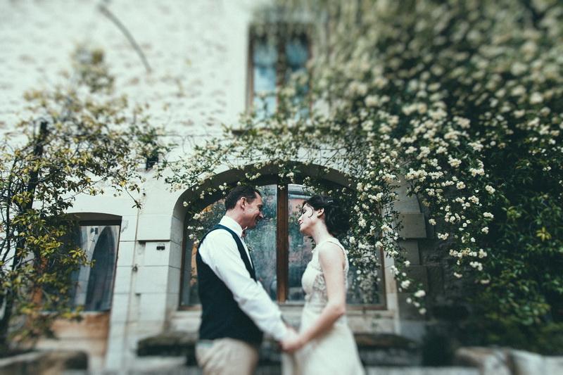 Cap sur la petite commune de Grillon au coeur de la Provence aujourd\u0027hui  sur le blog, avec le mariage de Caroline et Paco, photographié par Laurent  Brouzet.