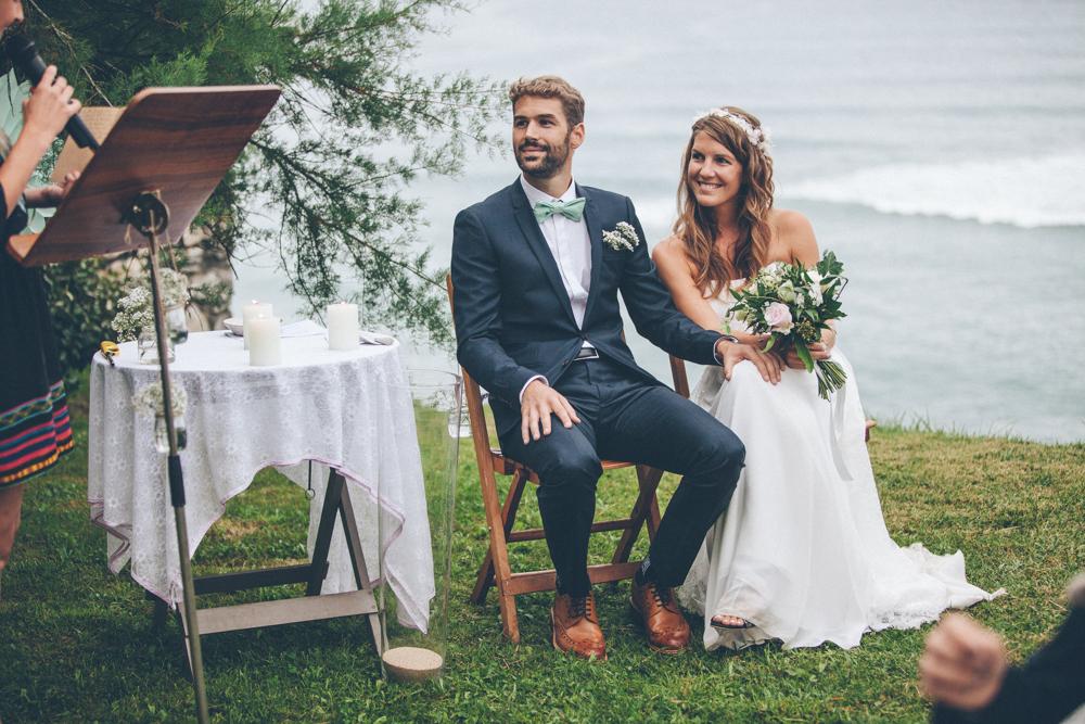 celine hamelin un mariage au bord de la falaise a. Black Bedroom Furniture Sets. Home Design Ideas