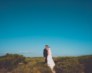 Mademoiselle G Photographie - Un mariage boheme en Corse - La mariee aux pieds nus