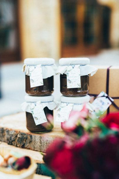 The quirky - Un mariage pourpre - Inspiration - La mariée aux pieds nus