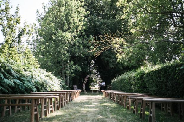 Jean Laurent Gaudy - Un mariage au domaine de Quincampoix - La mariee aux pieds nus