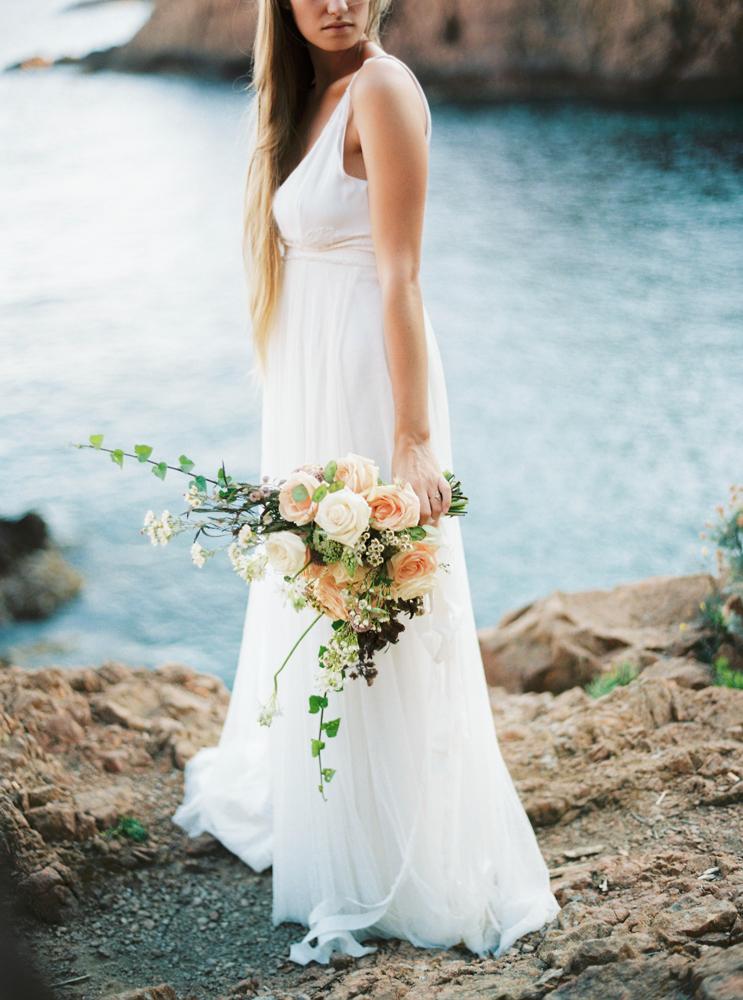 Un mariage inspiré par l'Occitanie - Photos : Alain M. - A découvrir sur www.lamarieeauxpiedsnus.com
