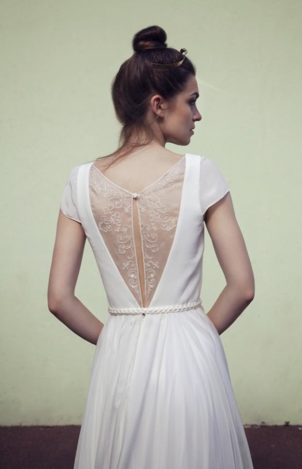 Anne de Laforrest - Robes de mariée - Collection 2017 - A découvrir sur le blog mariage www.lamarieeauxpiedsnus.com